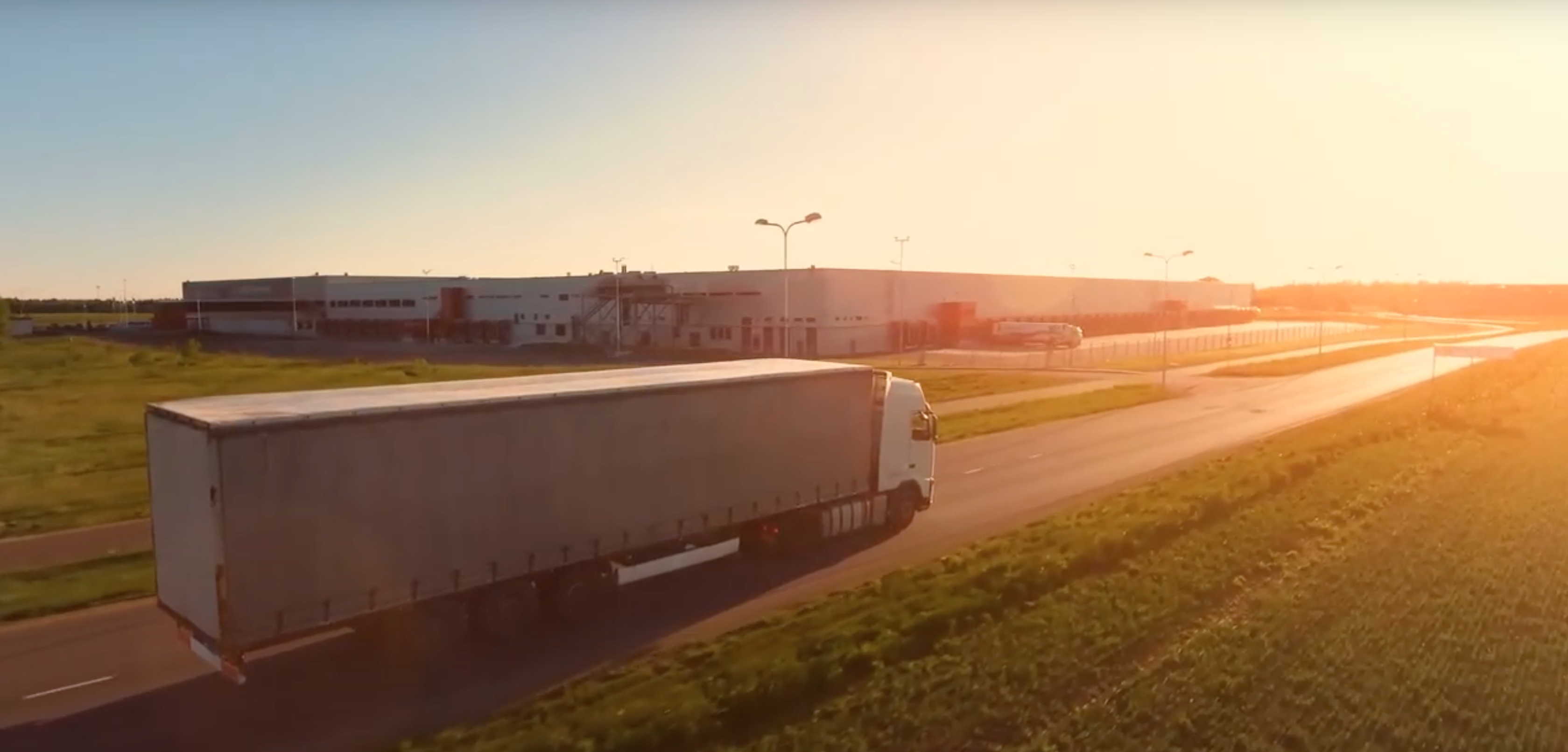 Bonitas kamión na ceste do obchodov